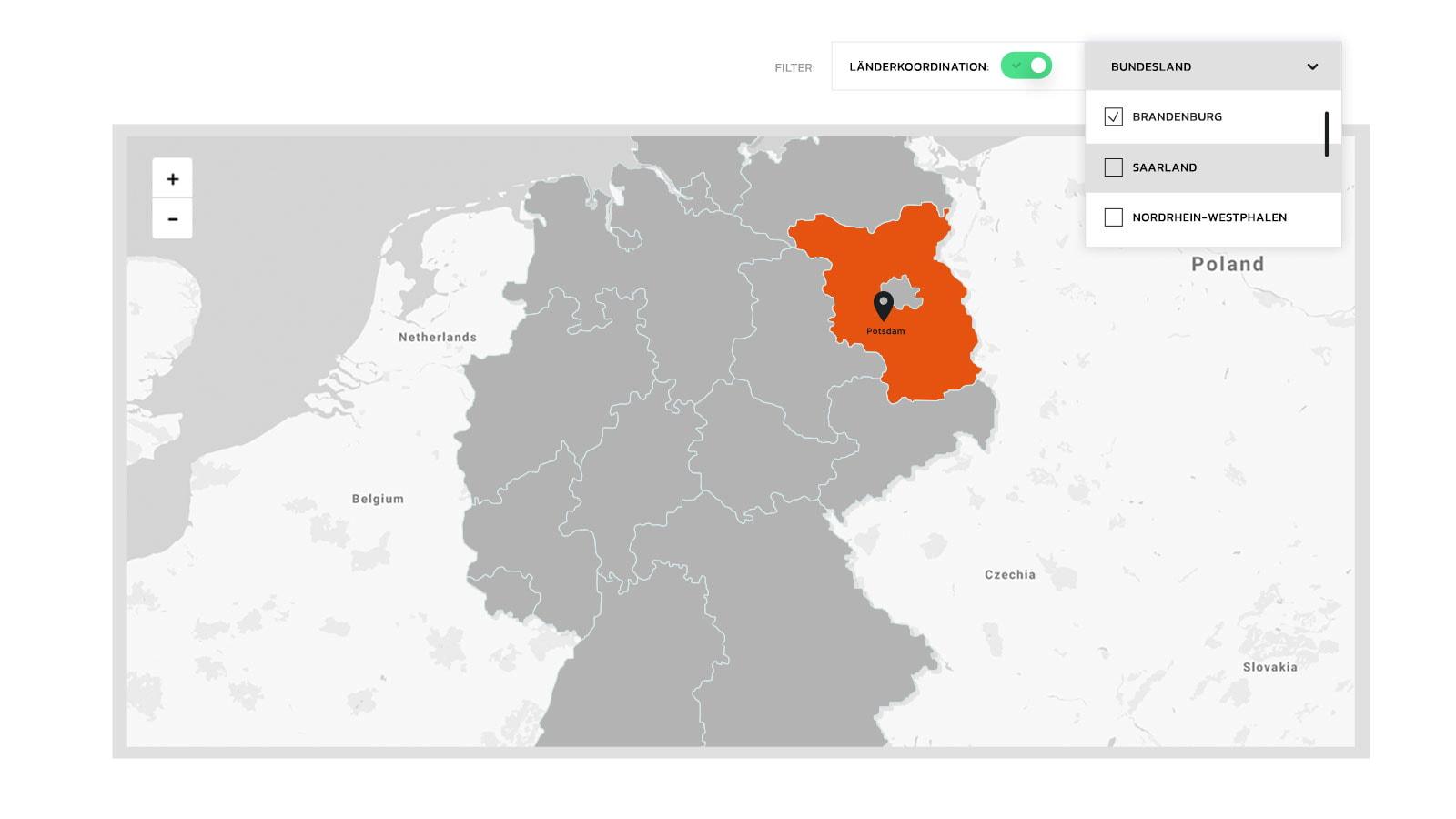 Ausschnitt aus der Karte zeigt Deutschland mit der Filterfunktion auf Bundesländer. Alle Bundesländer sind grau, das gefilterte Bundesland Brandenburg orange.